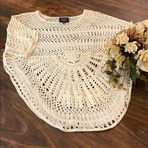 Romeo & Juliet GG Bohemian crotchet cream top
